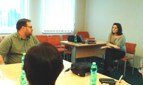 úvodní kolečko, téma: zkušenosti s CSR